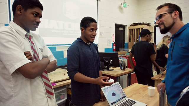 TGR Learning Lab sharing FabSLAM project with judge